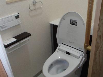 【施工事例】和式便所から最新の収納付き洋式トイレに!