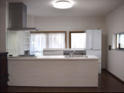 【施工事例】壁付け型からアイランド型キッチンへ